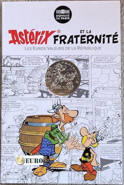 10 euros France 2015 - Asterix fraternité Chez les Bretons - en cartelette